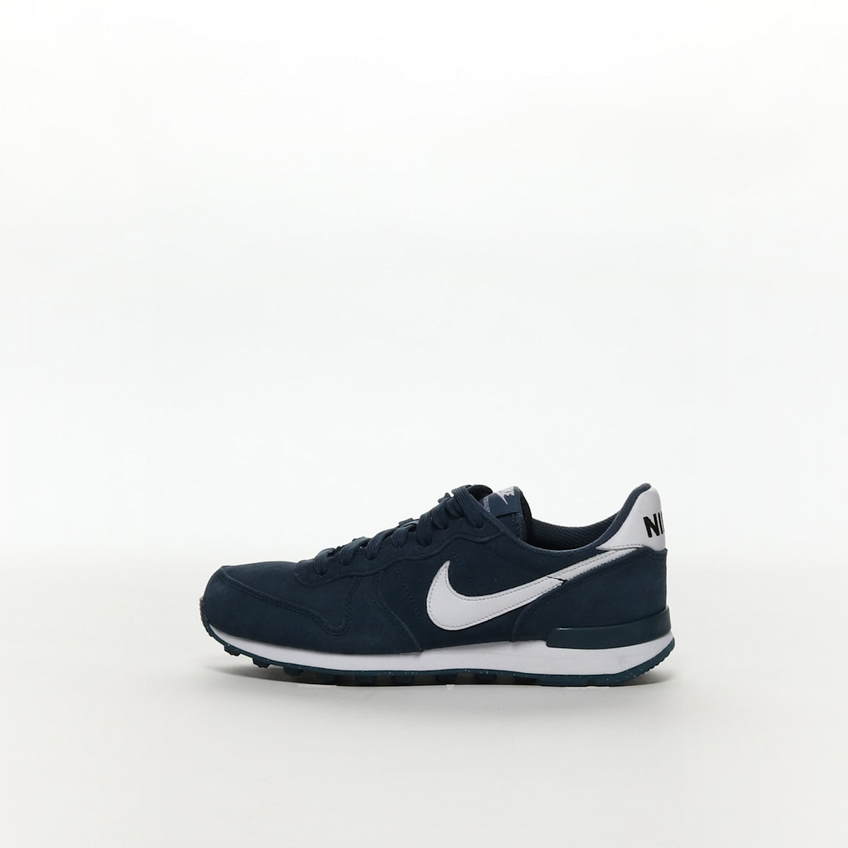 new product 4fe90 c1700 nike internationalist id ...