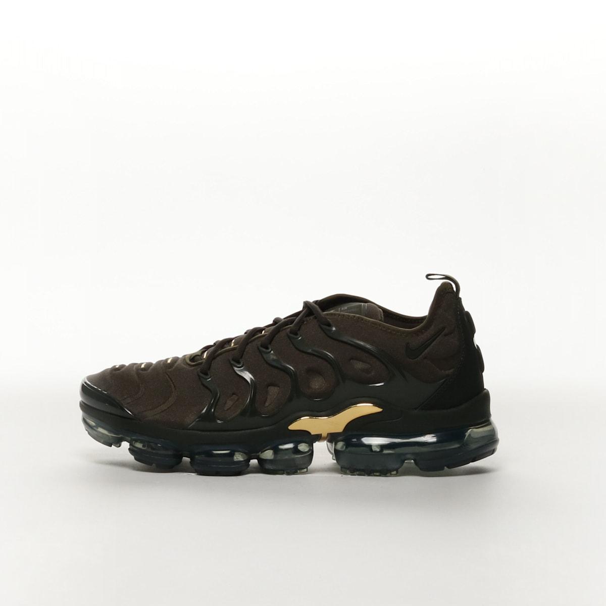 a1c4031a58 Nike Air VaporMax Plus - CARGO KHAKI/CLAY GREEN/METALLIC GOLD ...
