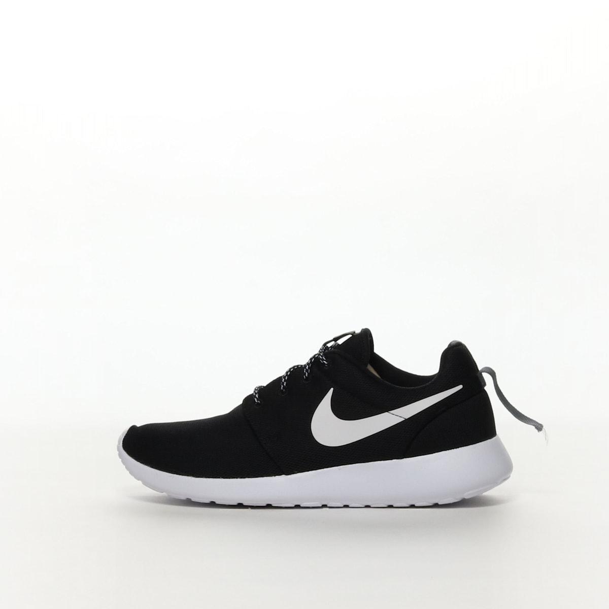 80a2107b35e55 Women s Nike Roshe 1 Shoe - BLACK WHITE – Resku