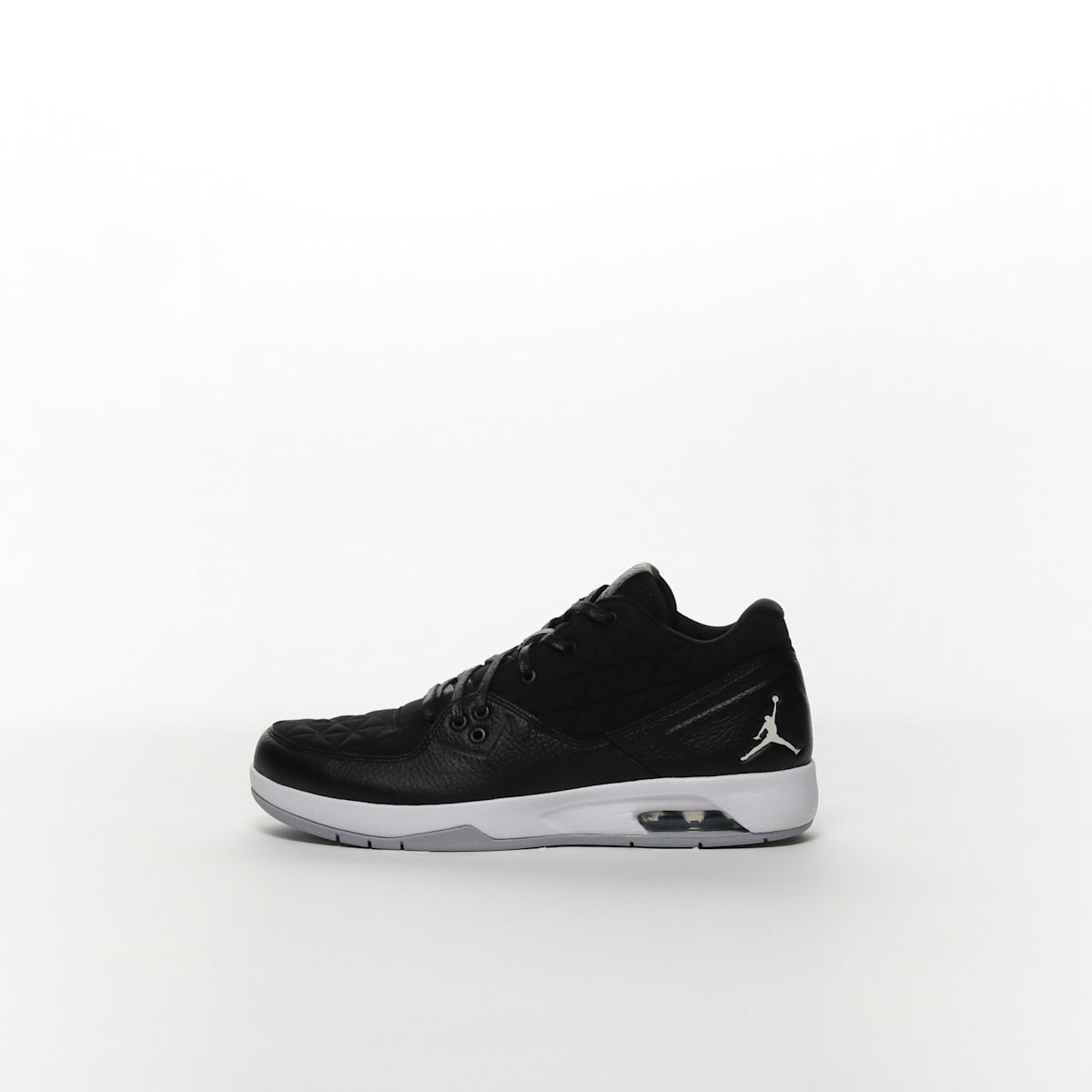 41911d728af794 Men s Jordan Clutch Shoe - BLACK WHITE – Resku