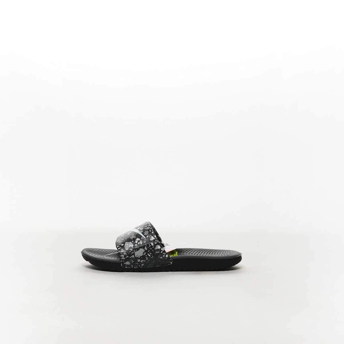 cb25af2e8a3d Boys  Nike Kawa Print (GS) Slide - BLACK WHITE-DARK GREY – Resku