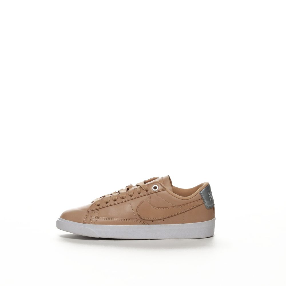 <!-- this list order is intentional -->             Nike blazer low se premium