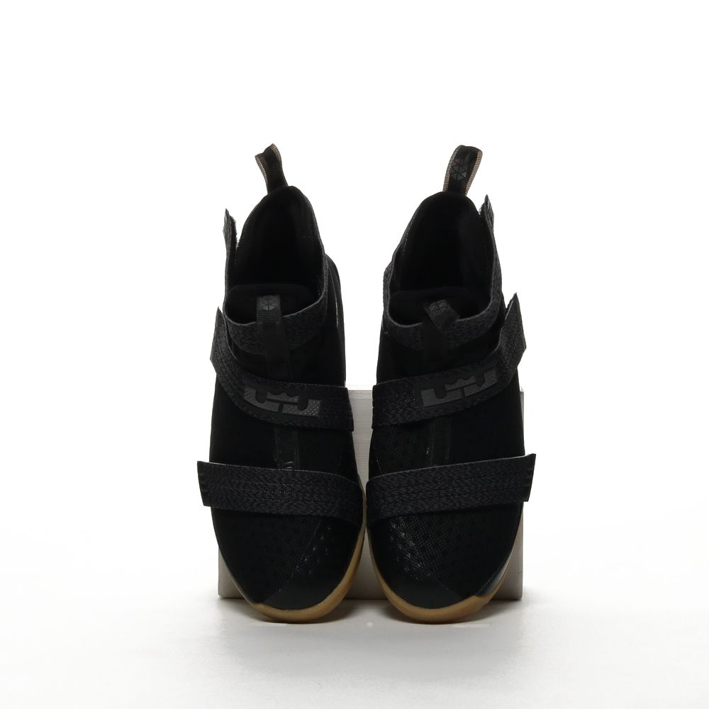 <!-- this list order is intentional -->             Lebron soldier 10