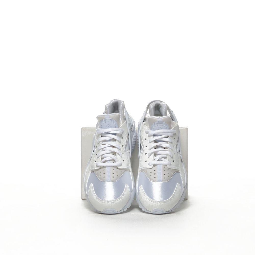 <!-- this list order is intentional -->             Nike air huarache run