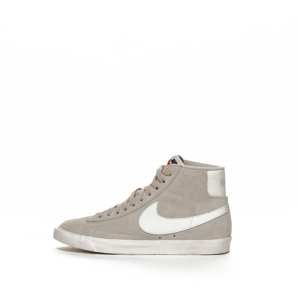 <!-- this list order is intentional -->              blazer mid vntg suede