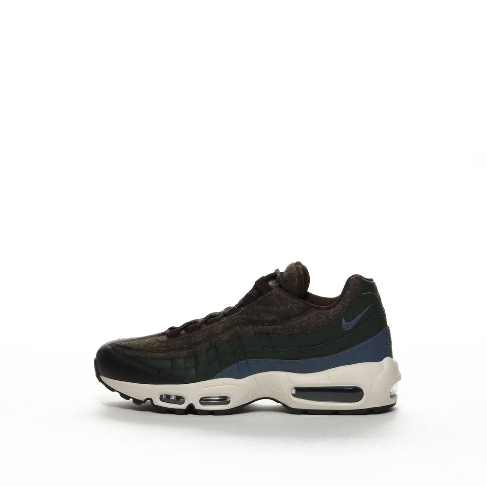Nike Air Max 95 Premium Men's Shoe SEQUOIALIGHT CARBON VELVET BROWN