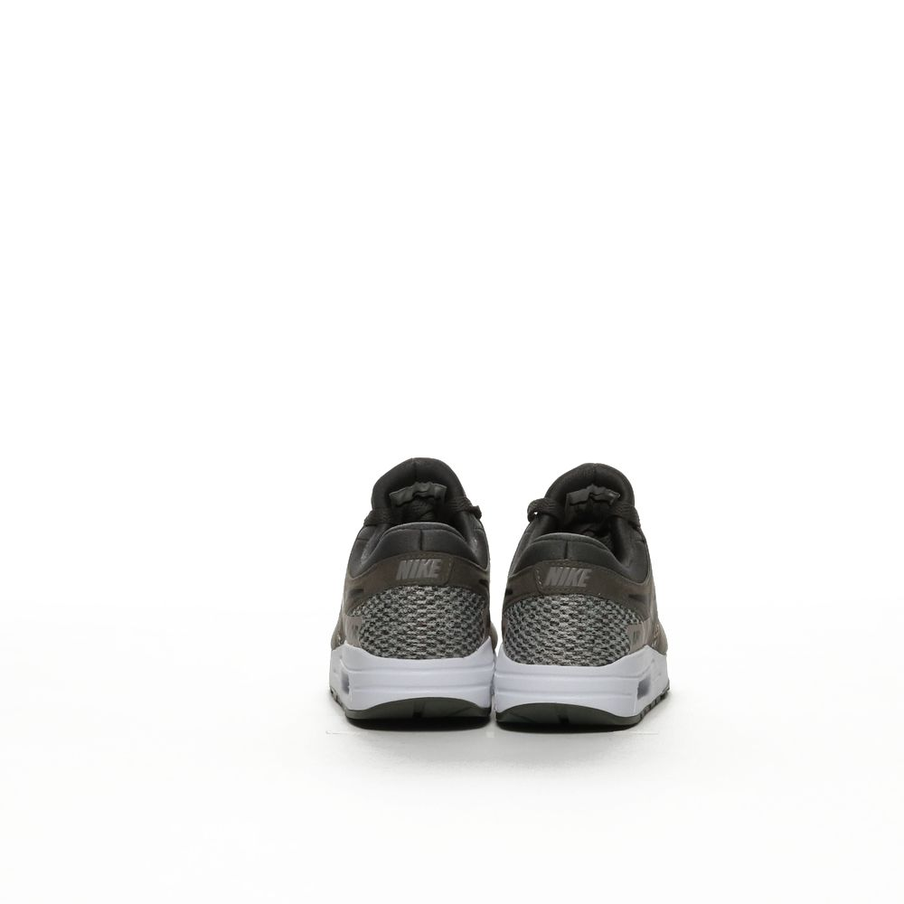 <!-- this list order is intentional -->             Nike air max zero se