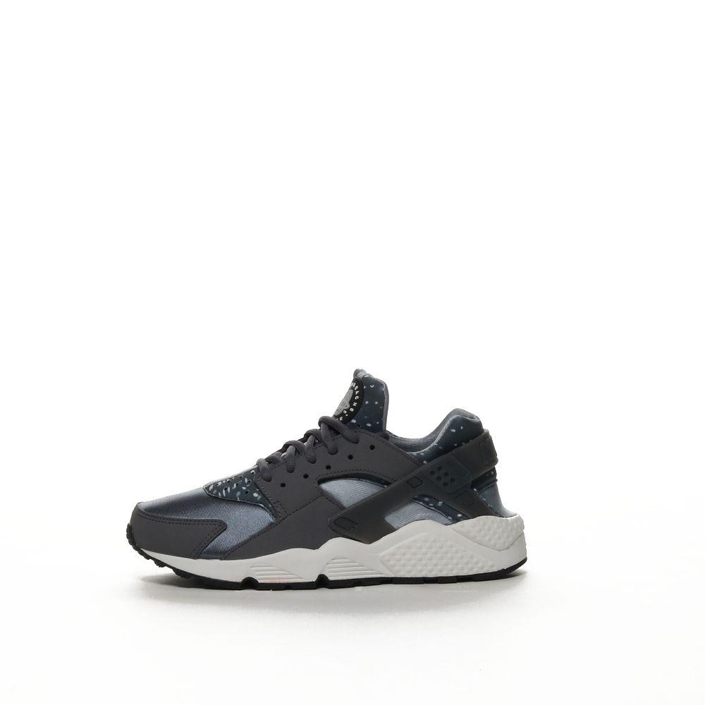 <!-- this list order is intentional -->             Nike air huarache run printed