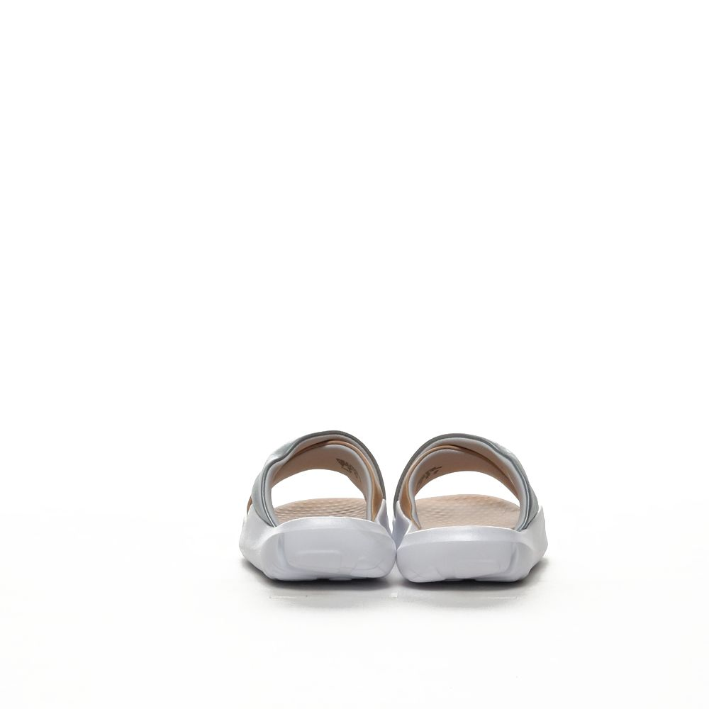 <!-- this list order is intentional -->             Nike benassi future cross
