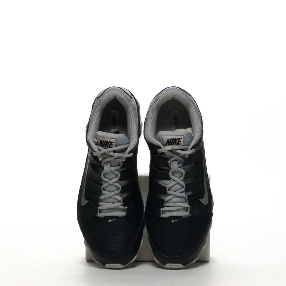 <!-- this list order is intentional -->             Nike reax 8 tr
