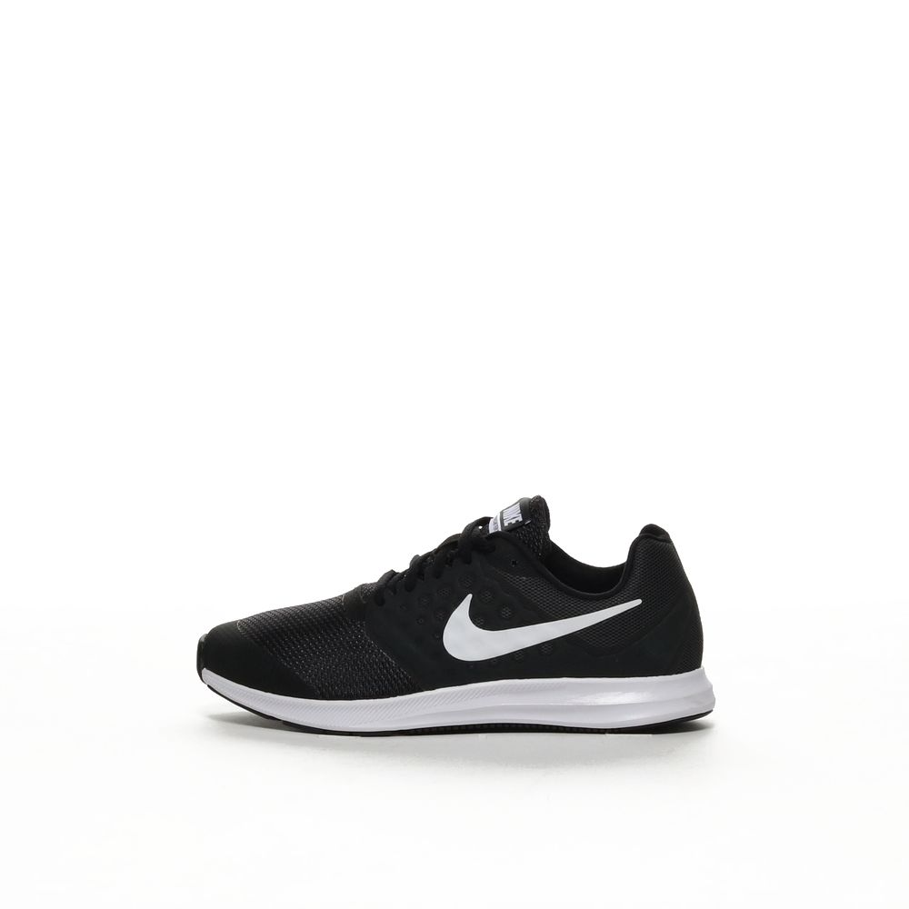 Nike downshifter 7 wide