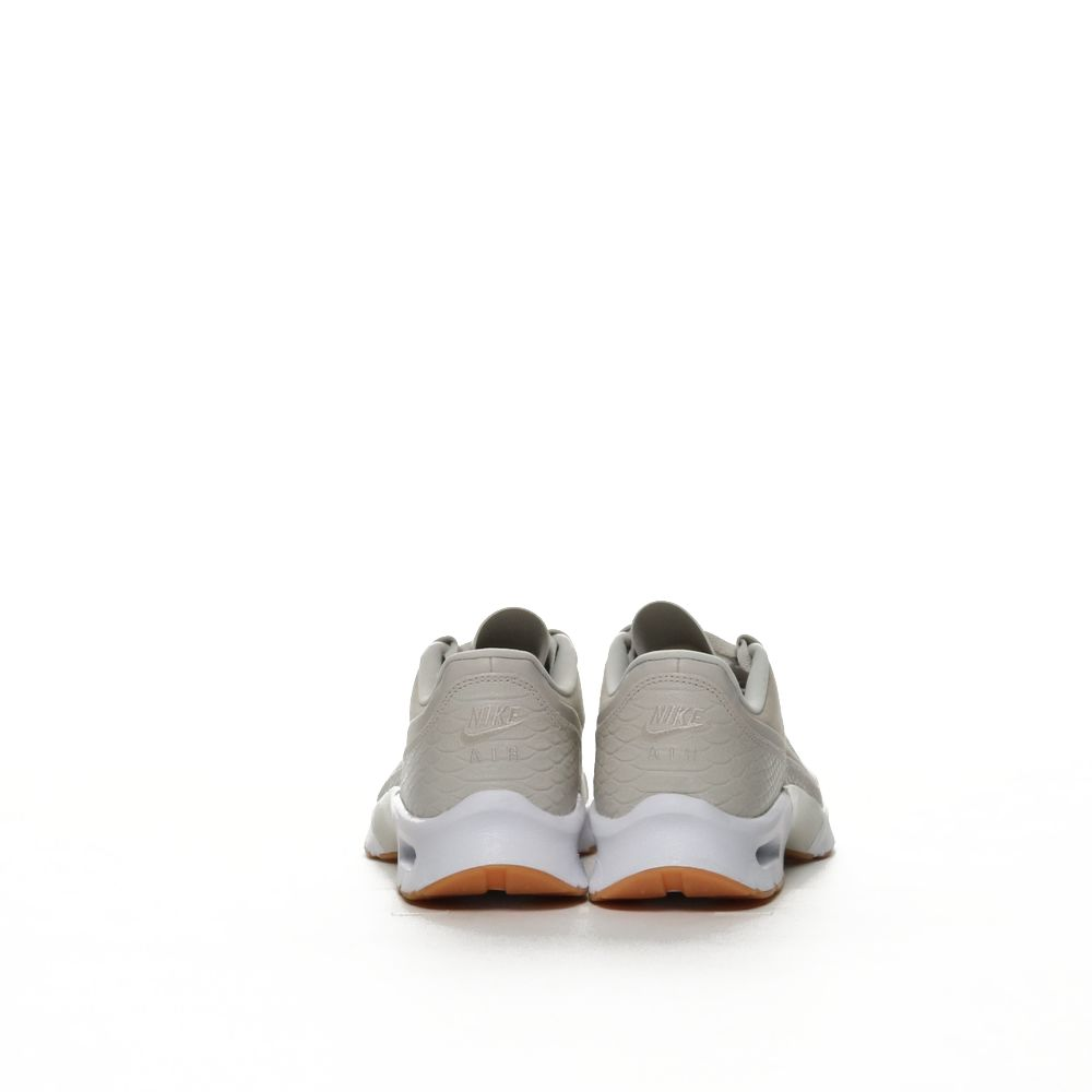 <!-- this list order is intentional -->              nike air max jewell se