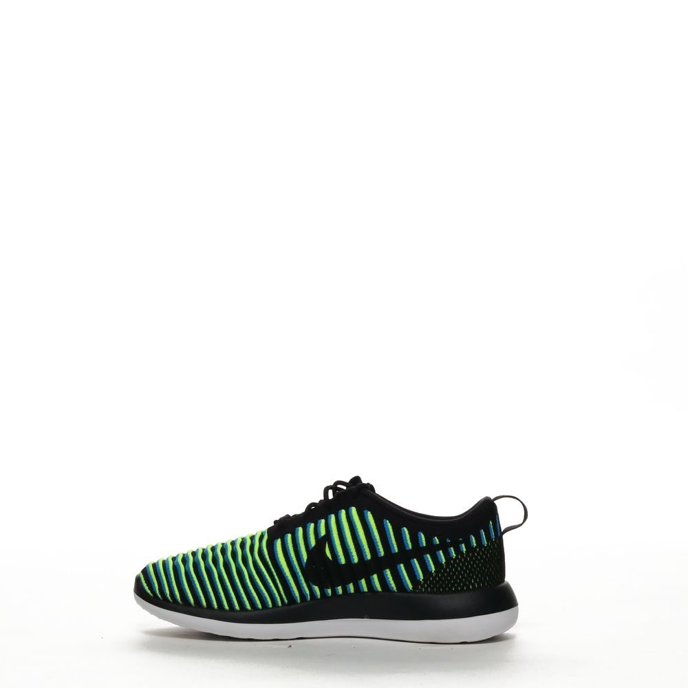 <!-- this list order is intentional -->             W nike roshe two flyknit