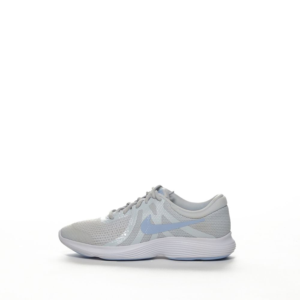 <!-- this list order is intentional -->             Nike revolution 4