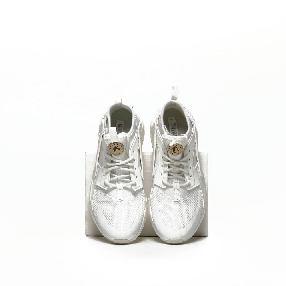 <!-- this list order is intentional -->             Nike huarache run ultra