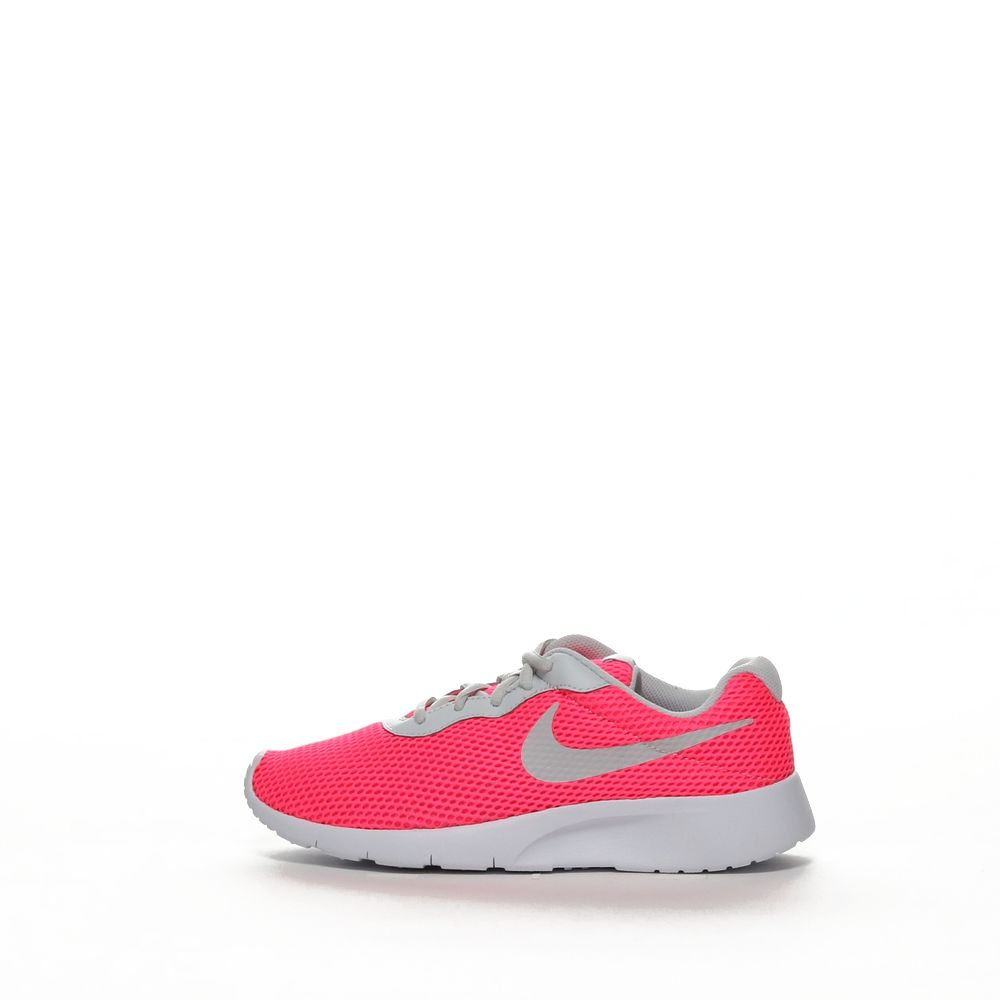 <!-- this list order is intentional -->             Nike tanjun br