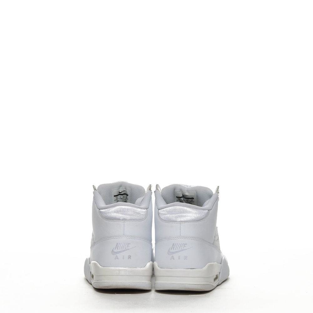 <!-- this list order is intentional -->             Nike air flight classic