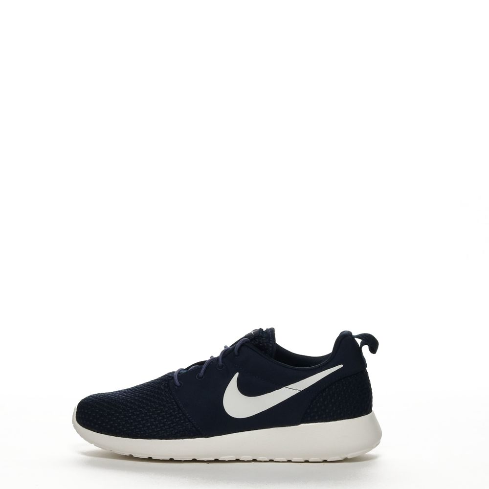 <!-- this list order is intentional -->             Nike roshe one se