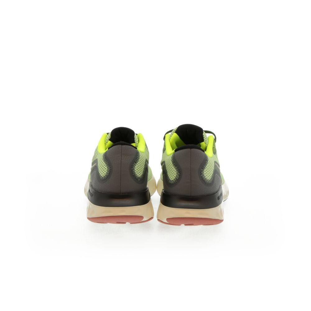 <!-- this list order is intentional -->             Nike renew run