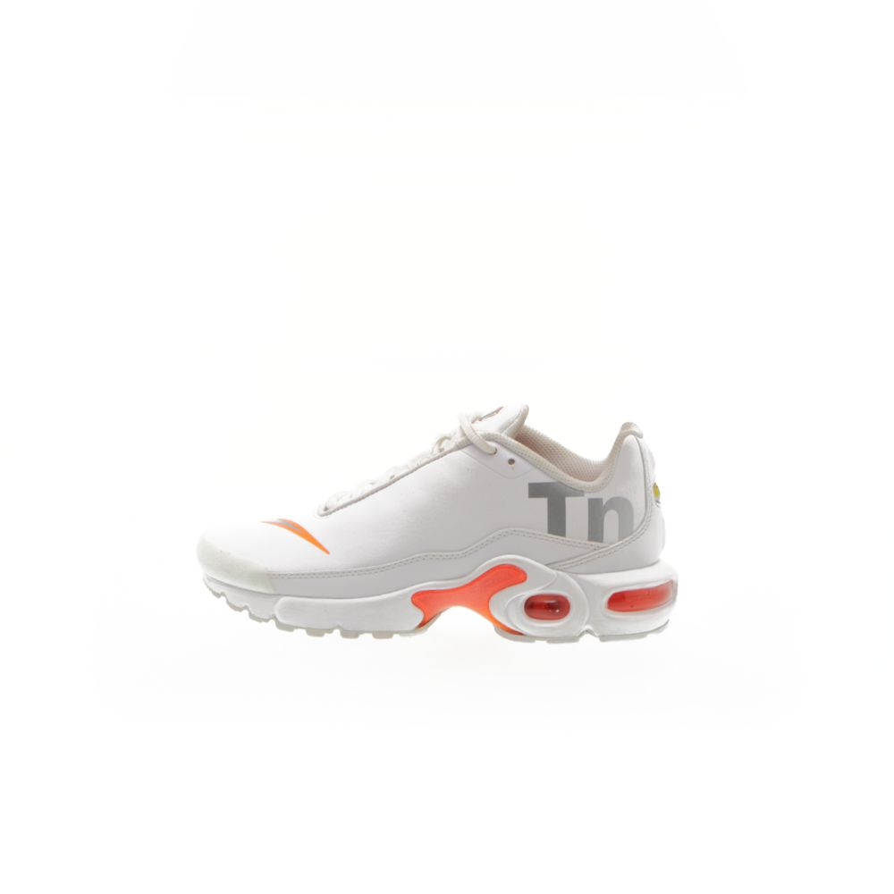 pretty nice 941aa f00b4 Nike Air Max Plus TN SE Big Kids' Running Shoe - WHITE/METALLIC  SILVER-TOTAL ORANGE