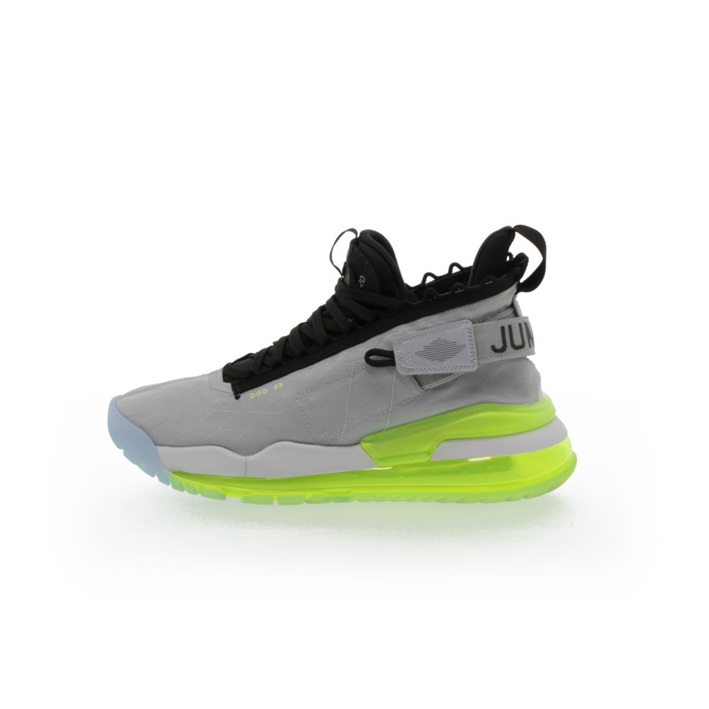 <!-- this list order is intentional -->             Jordan proto-max 720