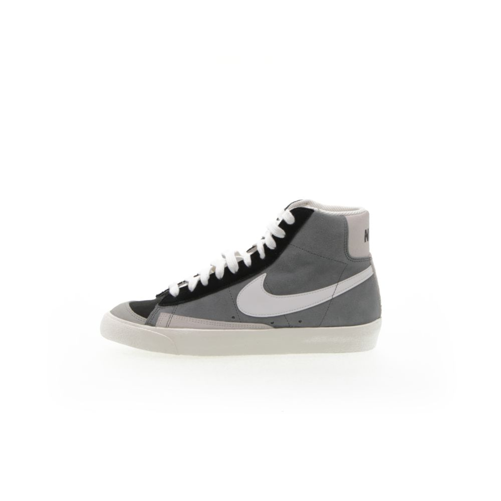 <!-- this list order is intentional -->             Nike blazer mid '77 vintage suede