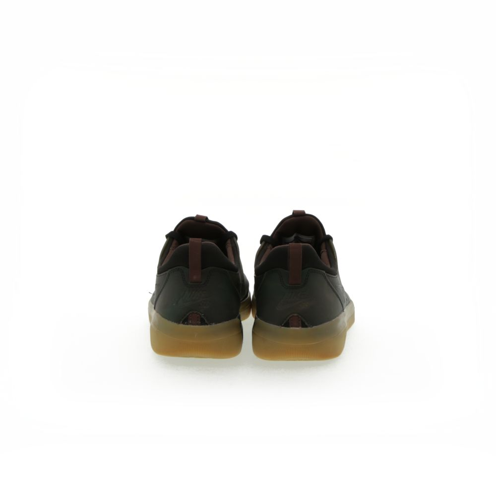 <!-- this list order is intentional -->             Nike sb nyjah free premium