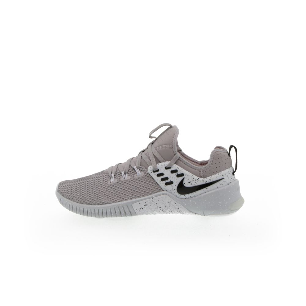 <!-- this list order is intentional -->             Nike free metcon