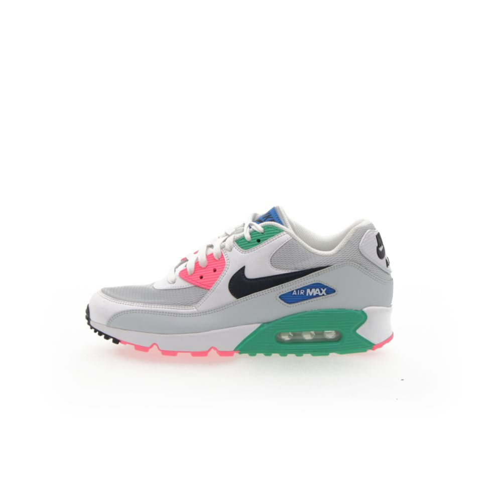 <!-- this list order is intentional -->             Nike air max 90 essential