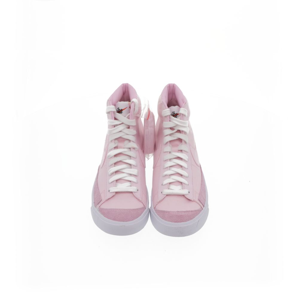 <!-- this list order is intentional -->             Nike blazer mid '77 vintage we