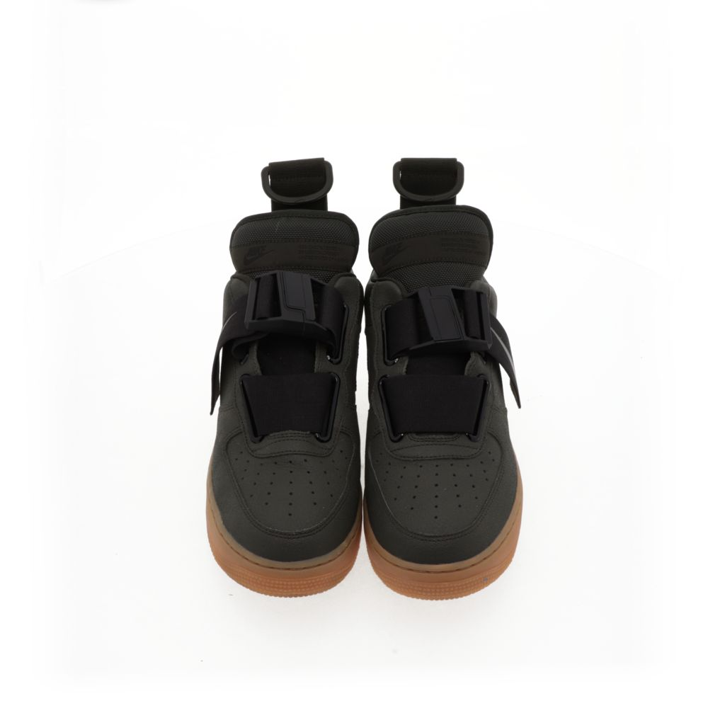 <!-- this list order is intentional -->             Nike air force 1 utility