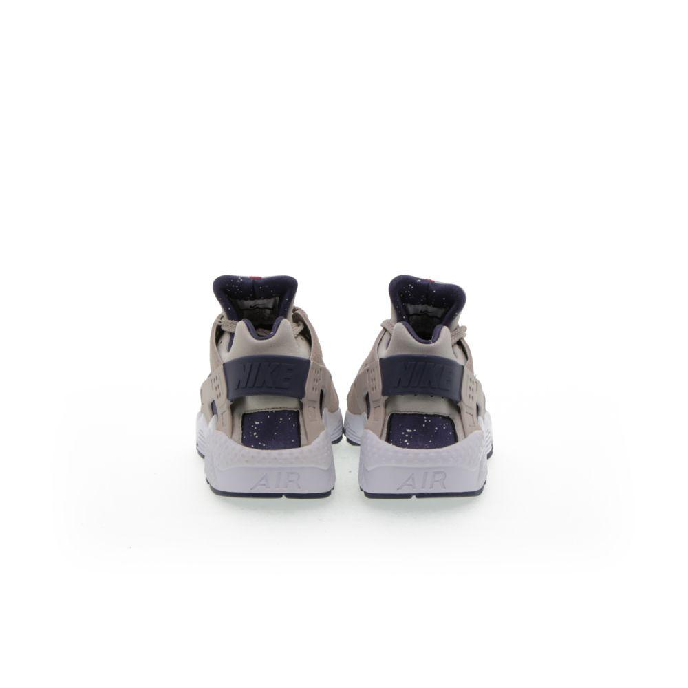 <!-- this list order is intentional -->             Nike air huarache run a