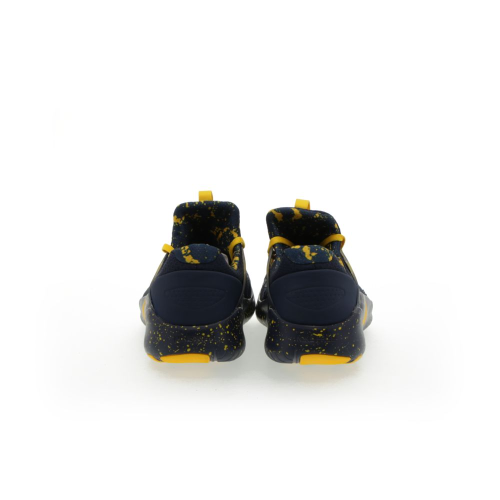 <!-- this list order is intentional -->             Nike free tr8 (michigan)