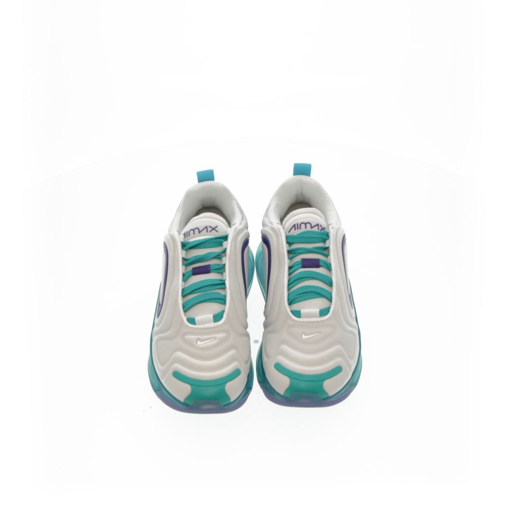 <!-- this list order is intentional -->             Nike air max 720