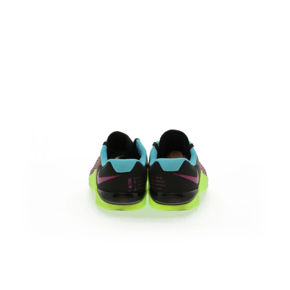 <!-- this list order is intentional -->             Nike metcon 5 amp