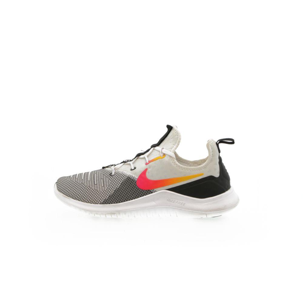 Nike Free TR8 - BLACK/LASER FUCHSIA – Resku