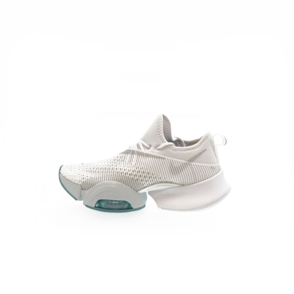 <!-- this list order is intentional -->             Nike air zoom superrep
