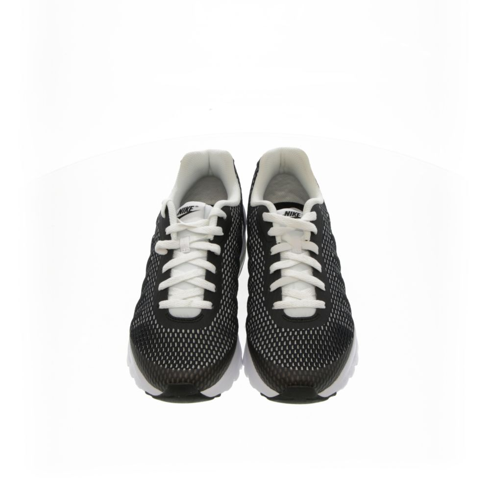 <!-- this list order is intentional -->             Nike air max invigor se