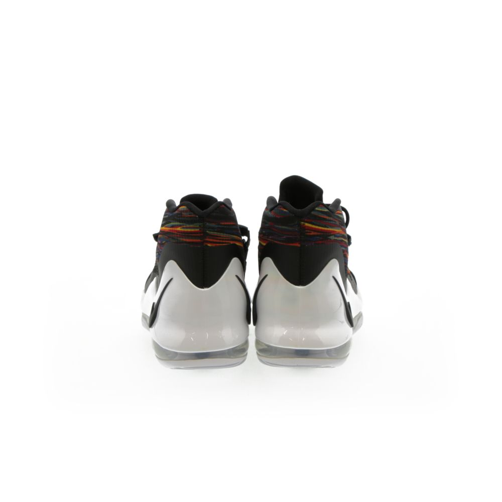 <!-- this list order is intentional -->             Nike air force max