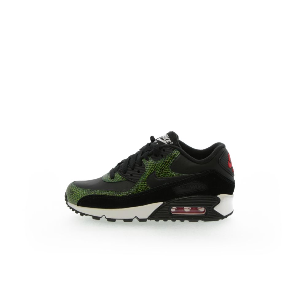 <!-- this list order is intentional -->             Nike air max 90 qs