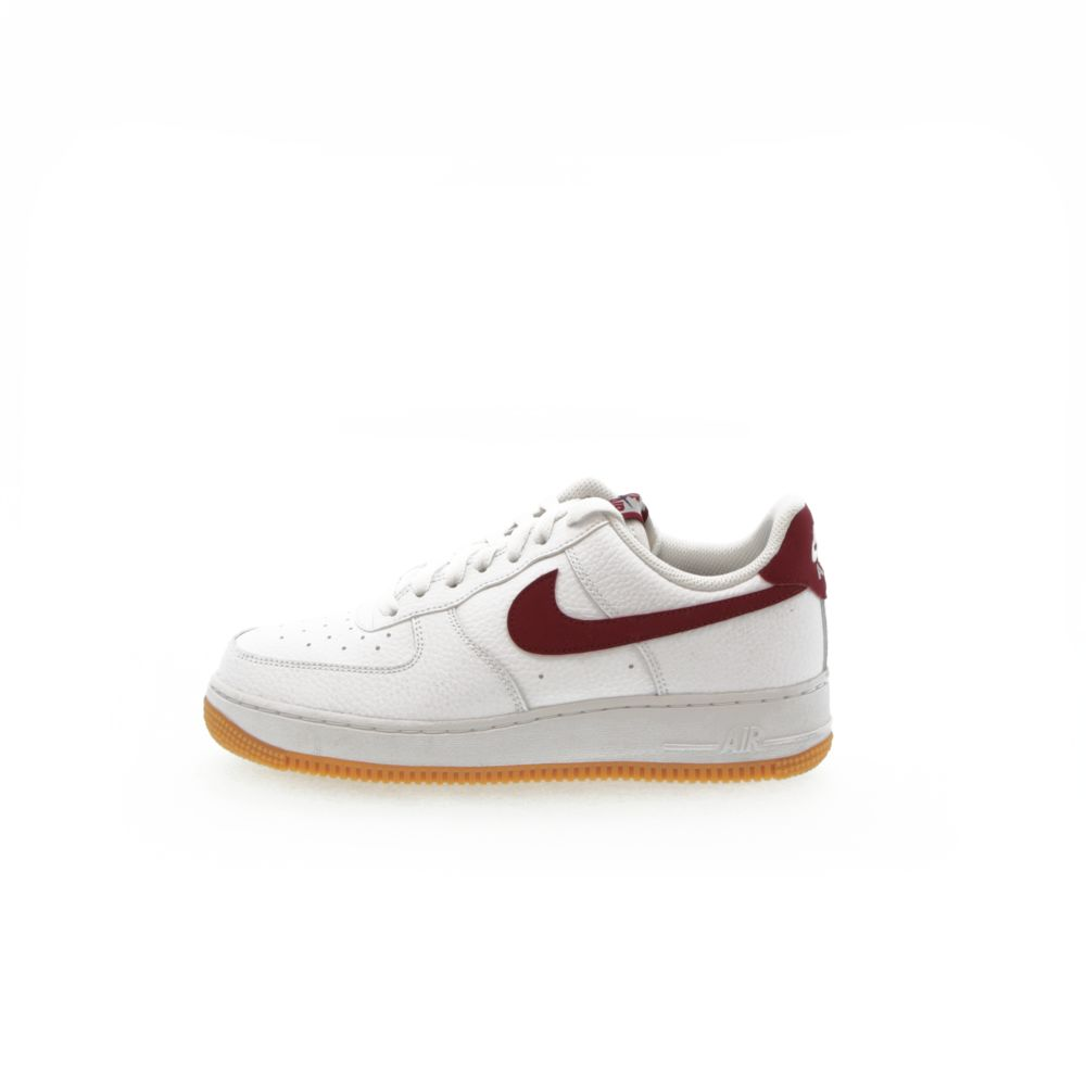 <!-- this list order is intentional -->             Nike air force 1